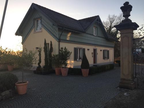 . Ferienwohnung Schlössle Laufenburg