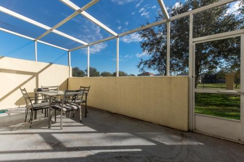 Luxurious 4br Pondview Villa - Kissimmee, FL 34746