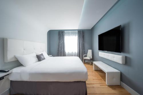 Kent Hotel - Miami Beach, FL 33139