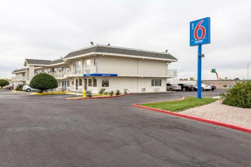 Motel 6 Albuquerque South -Airport