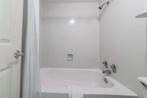 Motel 6-Monroe LA