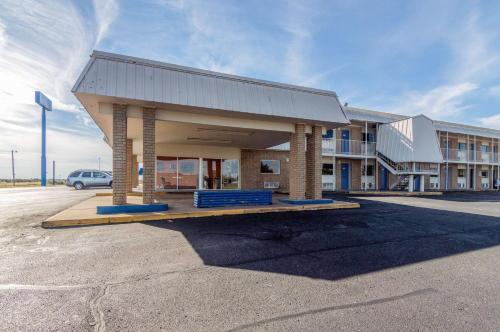 Motel 6   Clinton