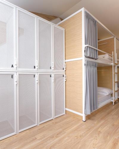 Bed One Block Hostel photo 9