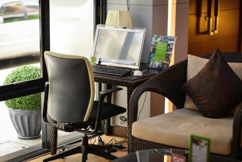 iCheck Inn Silom photo 34