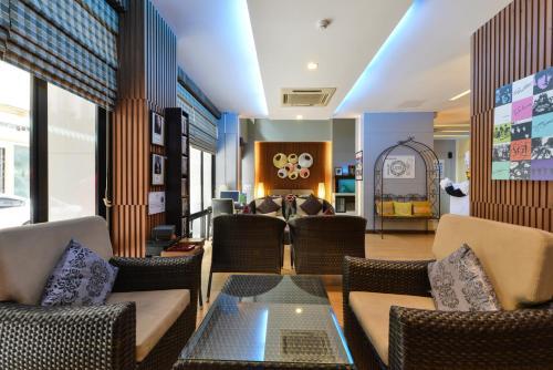 iCheck Inn Silom photo 35