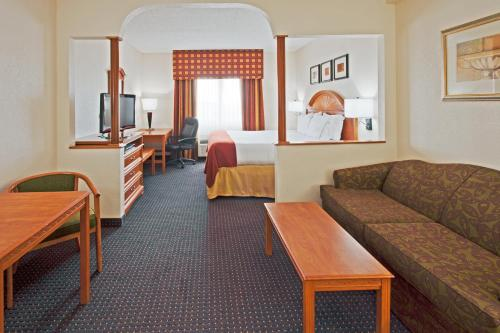 Holiday Inn Express Ft. Lauderdale Airport-West - Davie, FL 33317