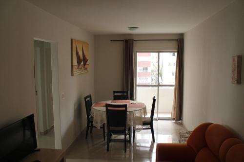 . Apartamento 2 quartos Batel