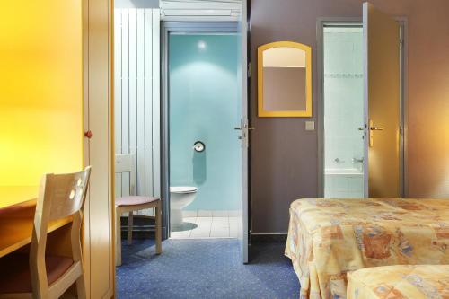 Hotel des Carmes photo 12