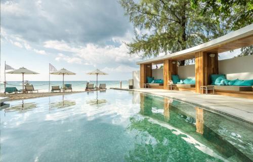 106/46 Moo 3, Surin Beach Road, Phuket, Thailand.
