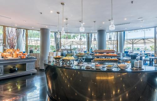 Chatrium Hotel Riverside Bangkok photo 30
