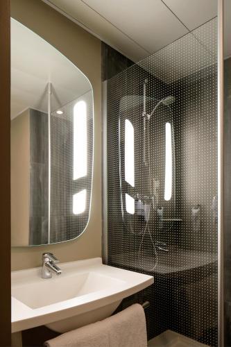 Hotel ibis Lisboa Liberdade - image 3