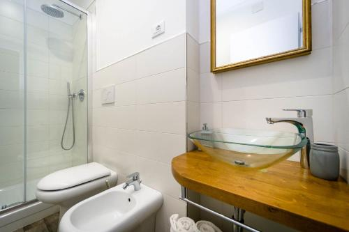 Spacious Double Room with Private Bathroom