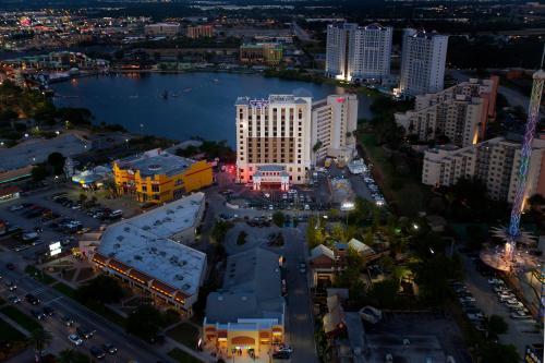 Ramada Plaza Resort & Suites by Wyndham Orlando Intl Drive photo 14
