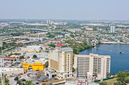 Ramada Plaza Resort & Suites by Wyndham Orlando Intl Drive photo 15