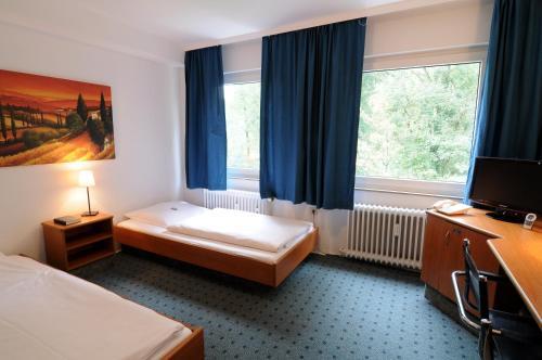 Waldhotel Unterbach photo 14