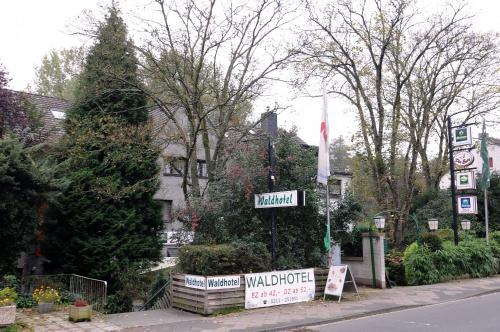 Waldhotel Unterbach impression