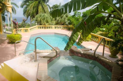 HotelOcean Crest Villa