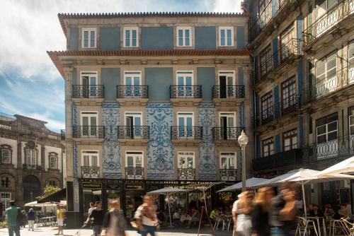 Rua das Flores, Porto, Portugal.