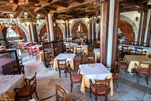 . Hotel Restaurante El Castillo