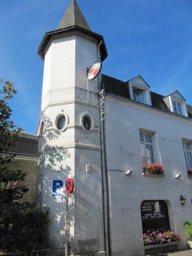 . Hostel Du Roy
