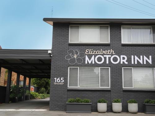 . Elizabeth Motor Inn