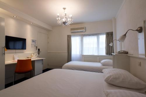Multatuli Hotel photo 21