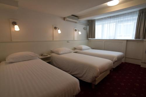 Multatuli Hotel photo 22