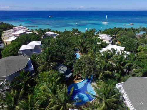 . Paradise Beach Hotel