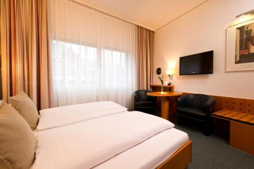 Hotel Am Borsigturm Berlin In Berlin In Das Ortliche
