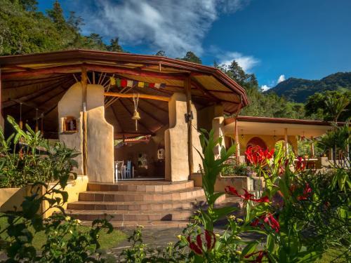 . Rio Chirripo Lodge & Retreat