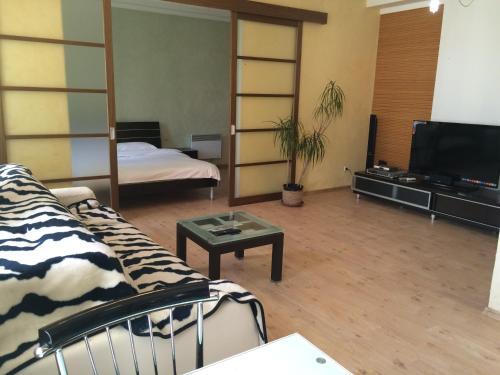 HotelKievRent apartment Maydan 1