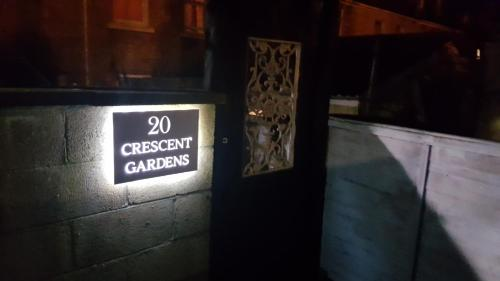 Picture of 20 Crescent Gardens