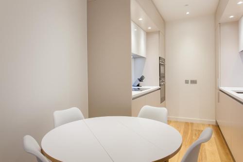 My-Quartermile Apartments photo 54