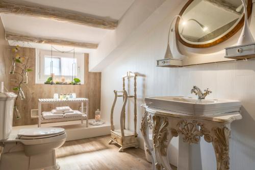 Design Double Room with Spa Access Mas Tapiolas 17