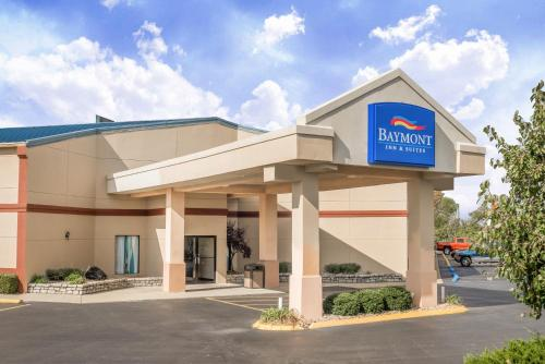 Baymont By Wyndham Greensburg - Greensburg, IN 47240