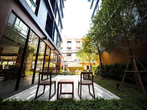 130 Hotel & Residence Bangkok photo 64