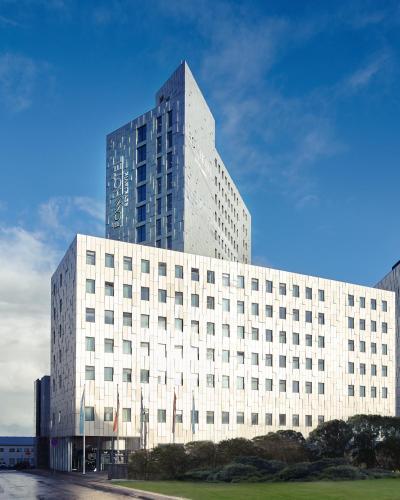 Fosshotel Reykjavík - Photo 2 of 114