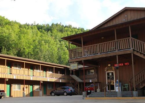 Gold Country Inn