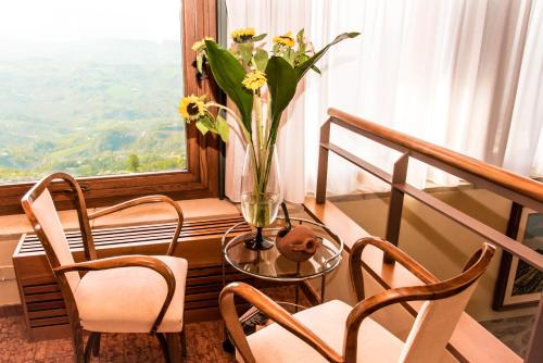Salita Alla Rocca, 7, 47890 Città di San Marino, San Marino.