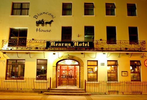 . Hearns Hotel