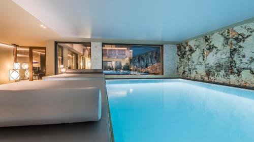 Hotel Montchalet - St Ulrich / Ortisei
