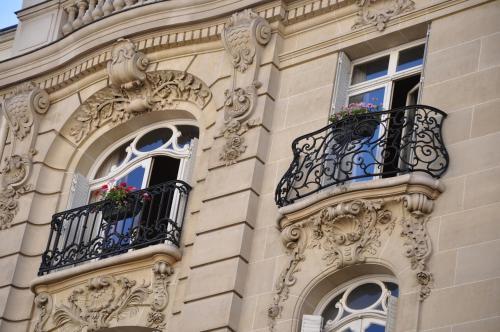 Champs Elysees Executive Apartment photo 6