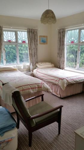Oaklands (Bed and Breakfast)