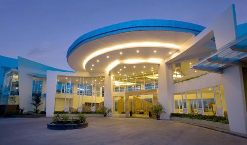 . Hotel Santika Bangka