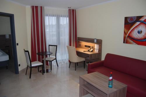 Naam Apartment Frankfurt Hotel City-Airport photo 22