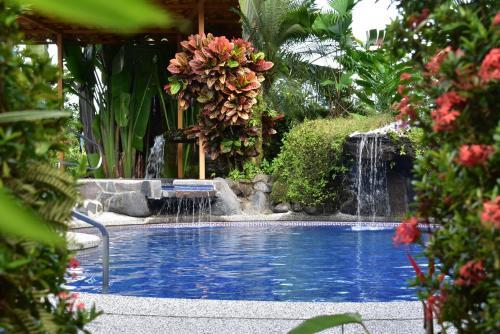 . Hotel Roca Negra Del Arenal