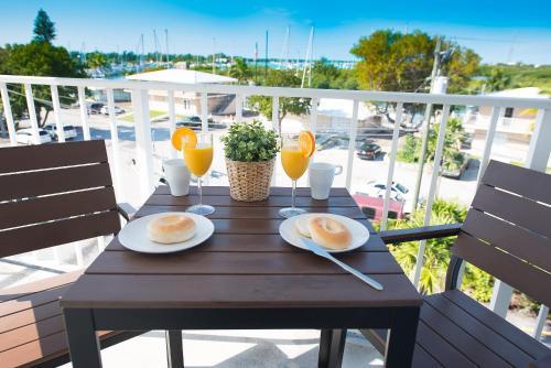Photo - Skipjack Resort Suites & Marina