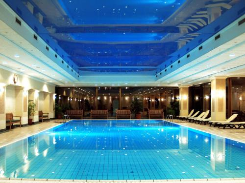 Danubius Grand Hotel Margitsziget photo 4