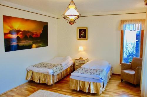 Guesthouse Árný - Photo 4 of 38