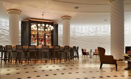 Four Seasons Hotel London at Ten Trinity Square photo 11